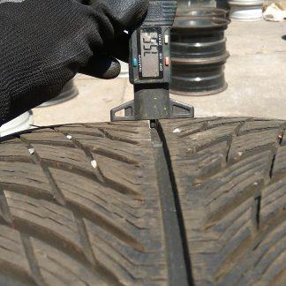 265/40 R19 Michelin téli gumi 95000ft a 4db /167/